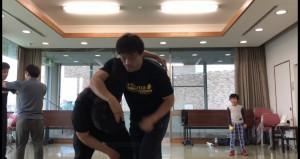 今回は久しぶりにテイクダウンなどレスリング系の練習を中心に行いたいと思います。