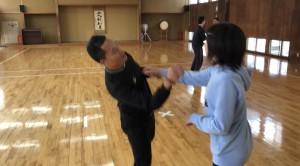 【11/24(土)システマ南埼玉の練習風景④】  クラス最後のフリーワーク。今回、練習した内容を生かしたストライクのスパー。