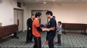【2/2(土)システマ南埼玉の練習風景⑥】 今回のクラスでは、インターナルフォームの練習にまで到達できなかったため、とりあえず、自分の口頭での説明とデモで、どんな感じかを伝えてみました。
