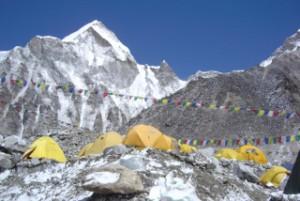 高い山でも、途中でベースキャンプを張って、少しずつ登っていけば、いずれは頂上に辿り着けるでしょう。