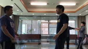 【4/20(土)システマ南埼玉の練習風景④】 クラス終盤のフリーワーク。今回のクラスで練習した内容を活かせるように、形式を工夫しました。