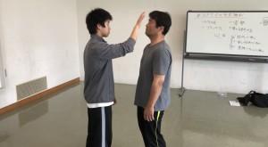 【5/11(土)システマ南埼玉の練習風景①】 ペアを組んでる、非接触の崩しを試しました。