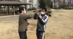 【3/7(土)システマ南埼玉の練習風景④】 最後に、今回のナイフワークで養った動きや感覚を生かして、素手のスパーリングを行いました。
